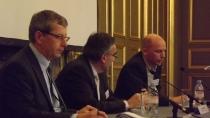 Paneldiscussie aan het eind van de dag met Tata Steel, PSA en Airborne Composites