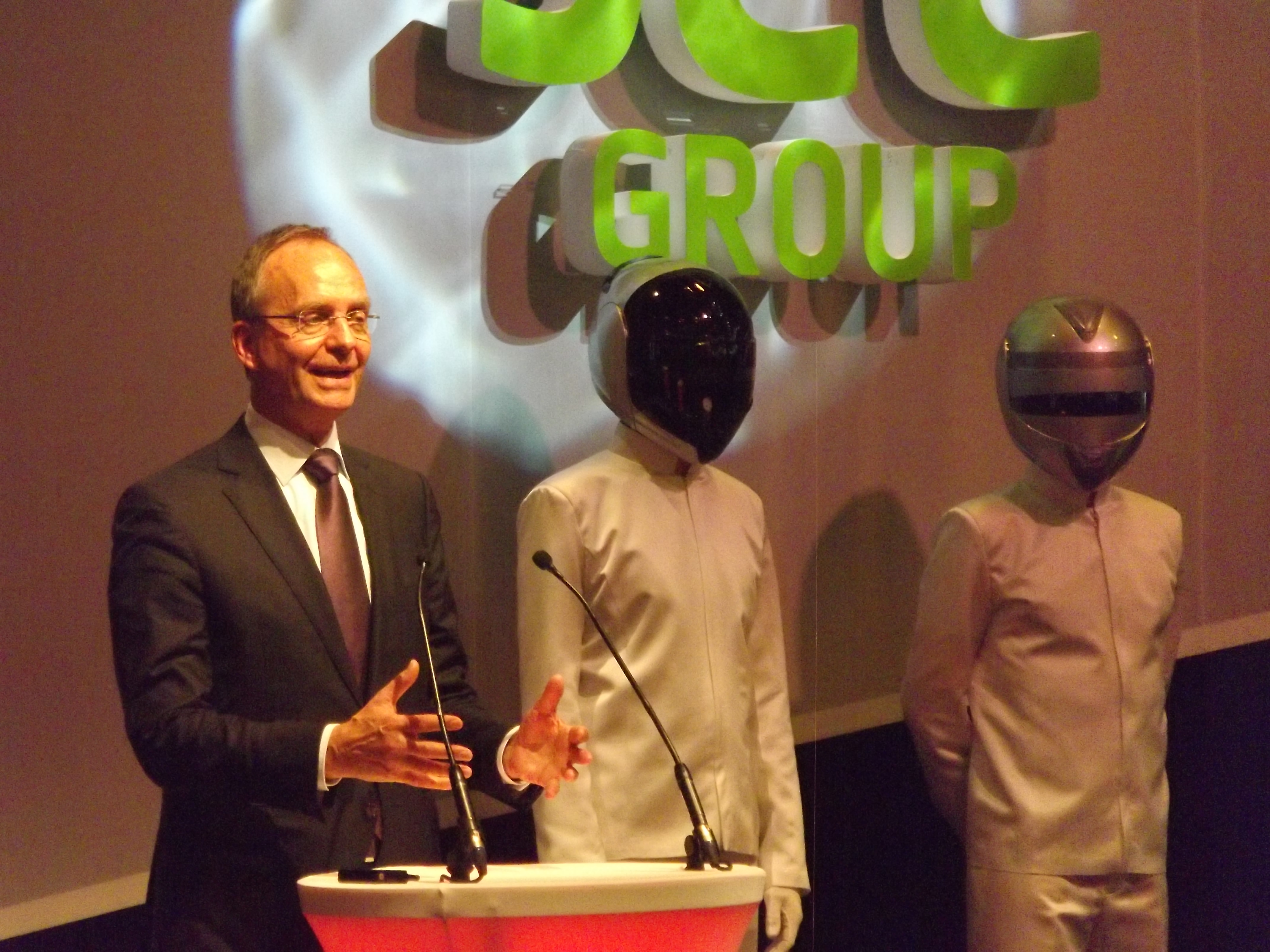 Uitreiking Innovation Awards door minister Kamp